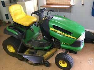 John Deere  LA145 ride on riding mower with snowblower