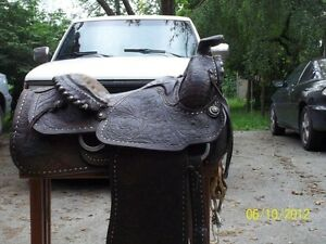 Tex-Tan roping saddle
