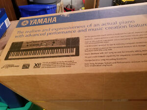 Yamaha Portable Grande *Mint *Serious Inquiries Only