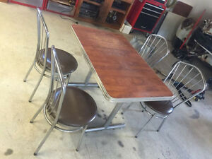 Classic 50's Kitchen Diner Table Set with Chairs