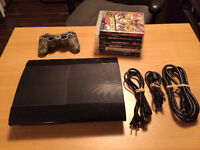 PS3 super slim, 1 controler, 5 games