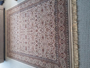 Persian carpet area rug beige patterned Like new condition London Ontario image 9