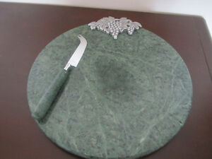 CHEESE PLATE, GREEN MARBLE