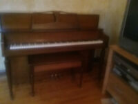 UPRIGHT PIANO FOR SALE IN ST. CATHARINES