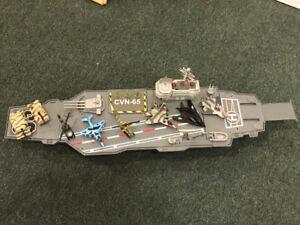 Toy battleship aircraft launcher
