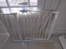 Cot side and stair gate