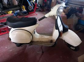 Vespa piaggio scooter 125