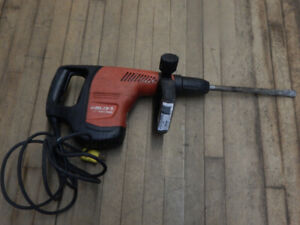 rotary chipper hammer drill combo for sale at the 689r
