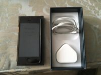 iPhone 5 16gb black in good condition