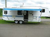 1995 Prowler 275J Fifth Wheel Trailer With Slide