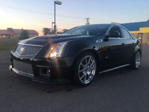 2010 Cadillac CTS v low km !!!!