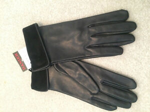 Size 7 (Medium)  ladies leather / suede gloves - new with tags