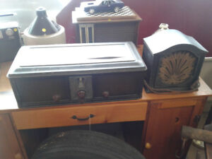 Philco 1929 Coffin Radio