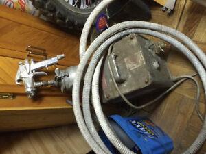Titan 350 spray paint gun and air with hose... Windsor Region Ontario image 2