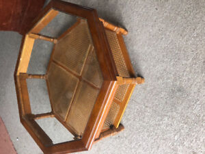 Coffee Table & Matching 2 End Tables
