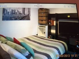 Lovely rooms(Kingswood)shared house,all bills included