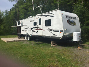 2013 Wildwood double slide (32BHDS) Priced to sell