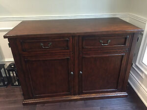 Solid Wood  Buffet Hutch  Credenza