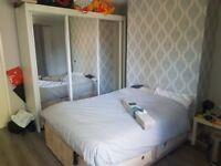 Great Big Double Room with balcony in bethnal Green.
