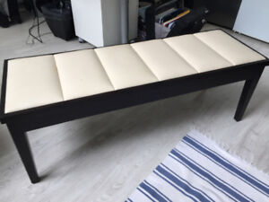 BEDROOM BENCH  -  OBO