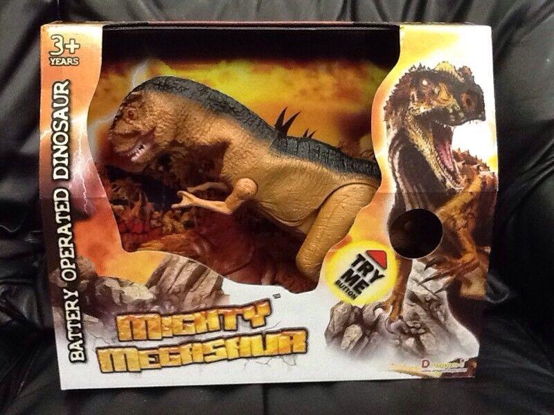 NEW Mighty Megasaur Battery Operated Dinosaur ROARS! Walking Action Lights Up