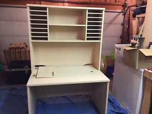 High quality, heavy duty Mobler desk with hutch