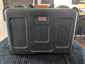 Gator Microphone Case - Holds 15 Mics and more