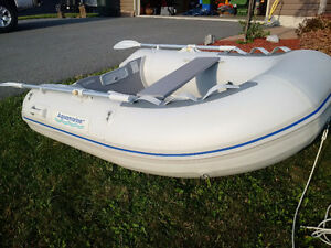 7.5' Inflatable dinghy tender. Alum. Floor. Rated 3hp Outboard