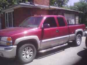 2005 gmc z71 360000km sle leather interior, brand new tires