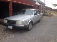 1986 Volvo 240 GL 5 speed manual  - for sale