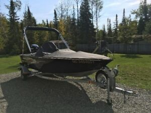 2012 16 pieds Princecraft STARFISH DLX mercury 40 hp 4 temps