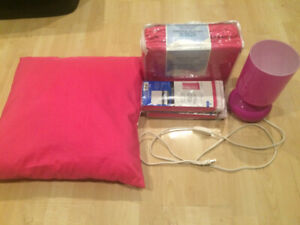Pink Bedroom Set (Twin Flannel Sheets, Pillow, Drapes + Lamp)
