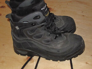 Colombia Winter Boots Size 8 - Collingwood