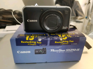 FS: CANON POWERSHOT SX210 IS CAMERA