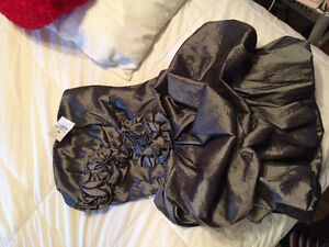 Prom dress new silver Cambridge Kitchener Area image 1