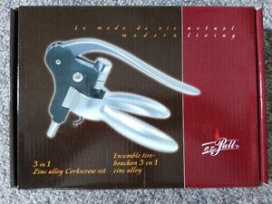 EZ Pull 3 in 1 Zinc Alloy Corkscrew Set in box