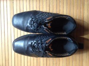 Men's Goldline - Size 9 Curling Shoes