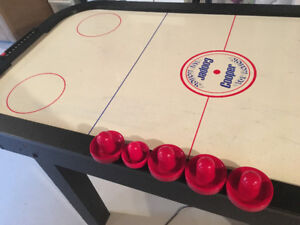 COOPER AIR HOCKEY TABLE IN GREAT CONDITION!
