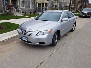 Very clean2007 Toyota Camry Le v6 Sedan with low kms