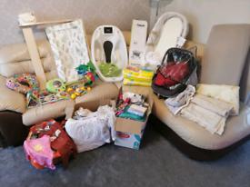 Baby Newborn items! Bath, mattres, car seat, clothes, changer, etc!!!
