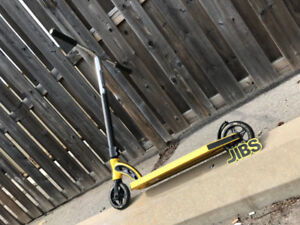 SALE! Madd Gear VX8 Team Scooter | Jibs Action Sports