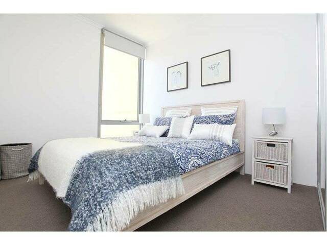 ONE BEDROOM APARTMENT IN PERTH CBD FOR RENT (FULLY ...