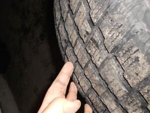 215 65 R17 set of 4 winter tires and rims like new condition