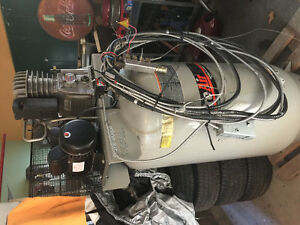 80 GALLON 61/2 HP AIR COMPRESSOR Belleville Belleville Area image 6