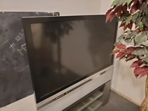 "50"" dlp tv for sale.."