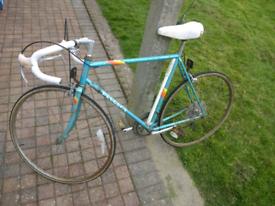 1980s Peugeot Premiere Men's (rusty) Road Racing Bike. Big Price Drop!