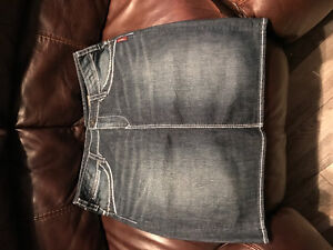 Size 33 Silver Jeans Skirt
