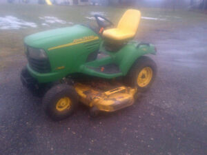 John deere X485 lawnmower