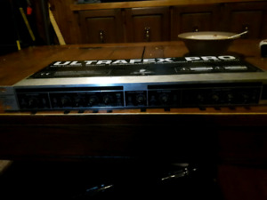 Behringer Bass Enhancer rack unit