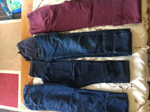 Maternity Clothes : very gently used & some brand new (15 items)